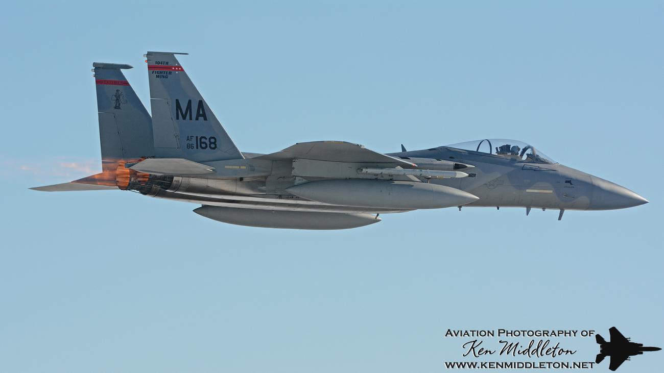F-15C_860168_KBAF_20150110_KenMiddleton_9x16_web_DSC_1189.jpg