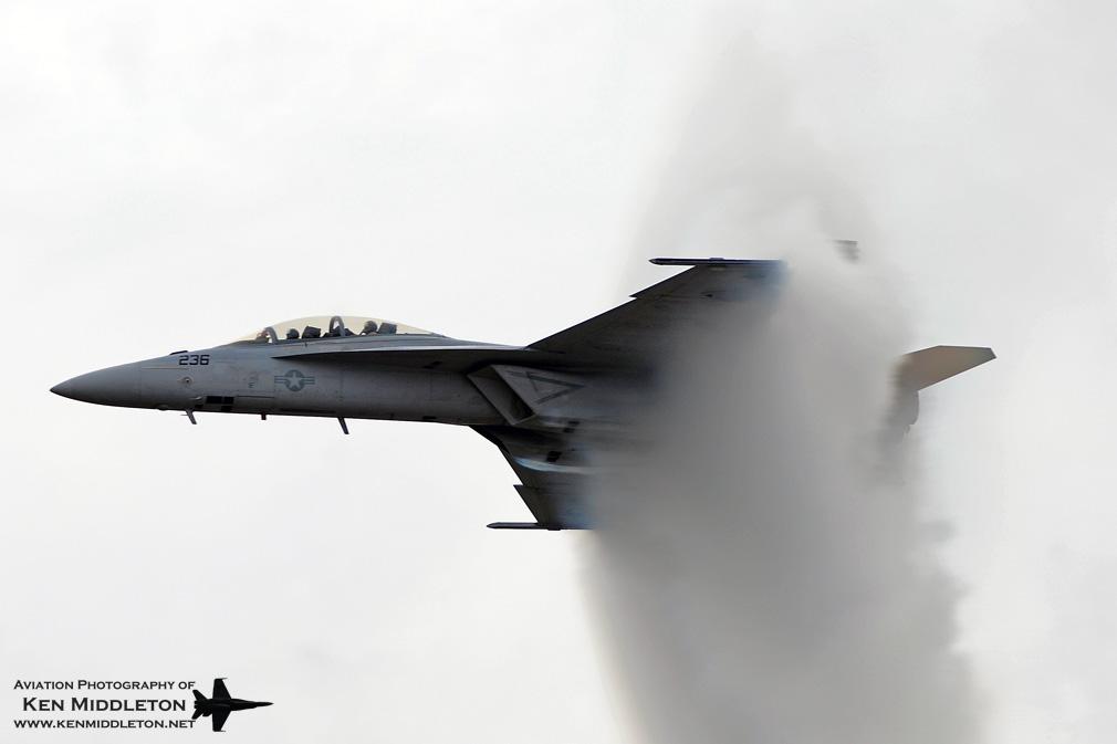F-18F_166460_KCEF_6September2008_KenMiddleton_web_DSC_7080.jpg