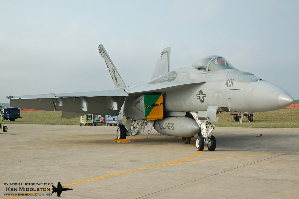 FA-18E_166651_KFMH_25August2007_KenMiddleton_4x6_web_DSC_1810.jpg
