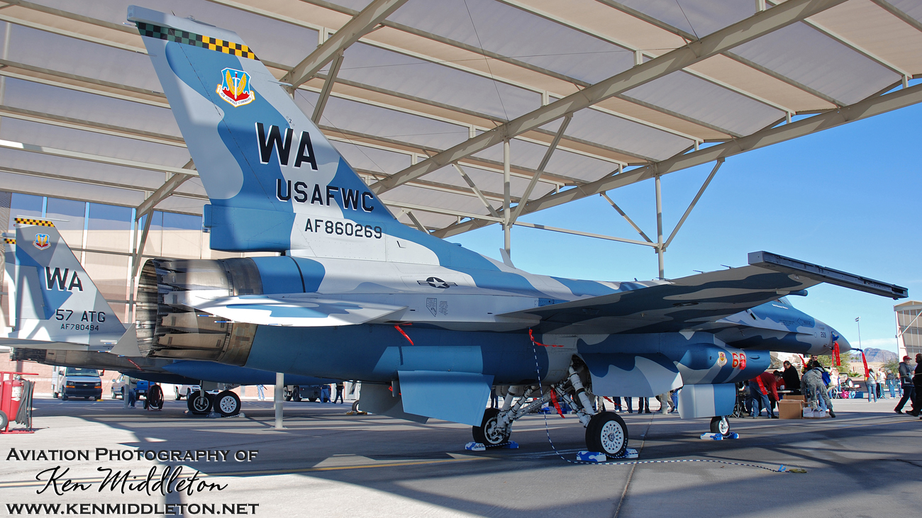F-16C_860269_F-15C_780494_KLAS_10November2012_KenMiddleton_9x16_web_DSC_8021.jpg